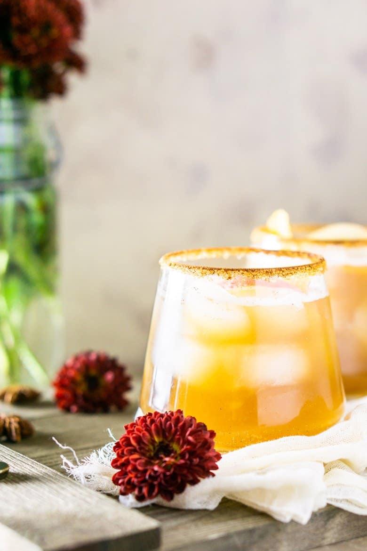 Gingered bourbon-apple cider cocktail close-up.